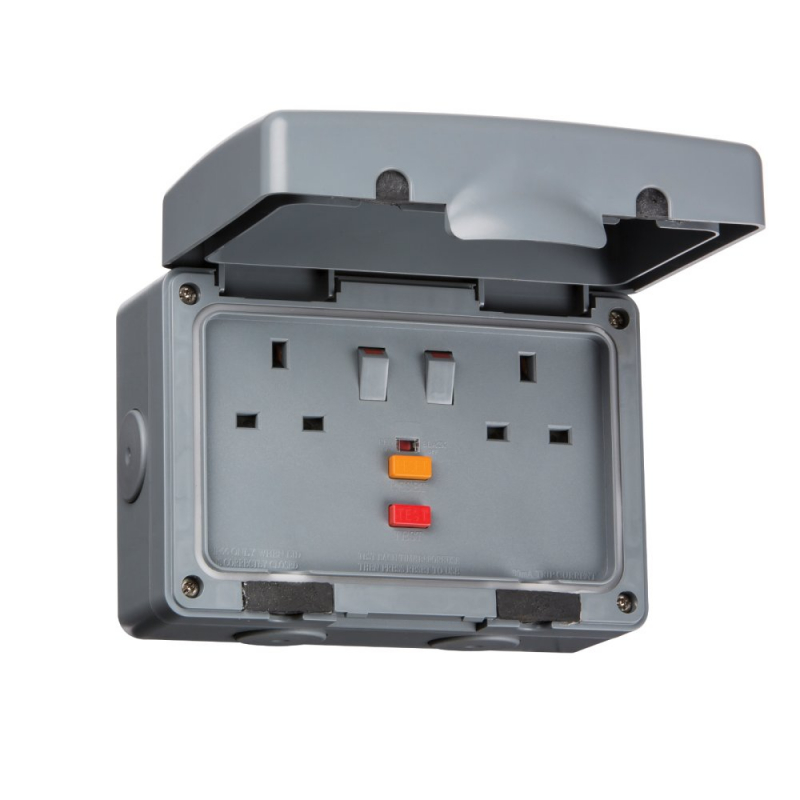 Knightsbridge IP66 13A 2Gang RCD Switched Outdoor Socket IPRCD